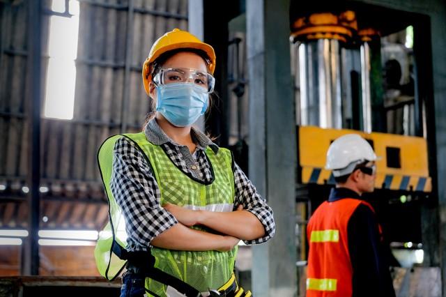 di-pa-ci-worker-mask-safety